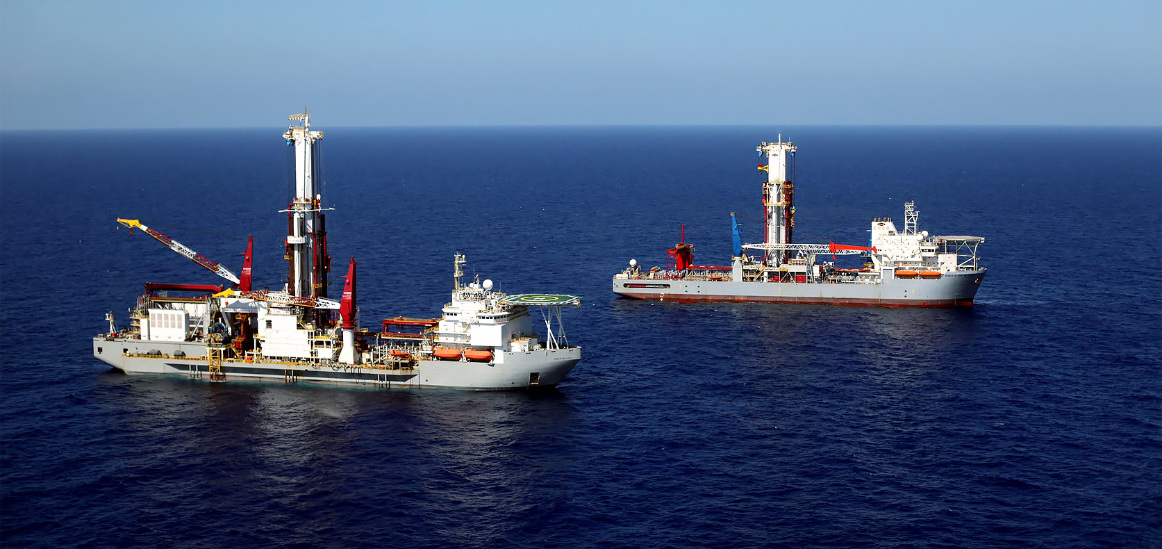 Noble-Bully-I-Receives-Global-Floating-Rig-of-the-Year-Award-from-Shell